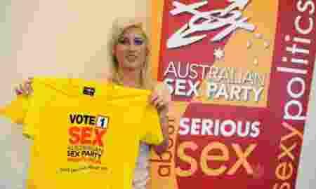 055910_172227_sex_party_d