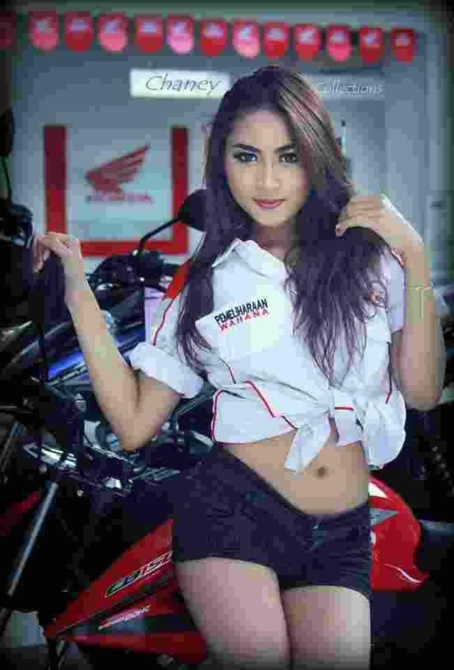Annisa Prameswari17