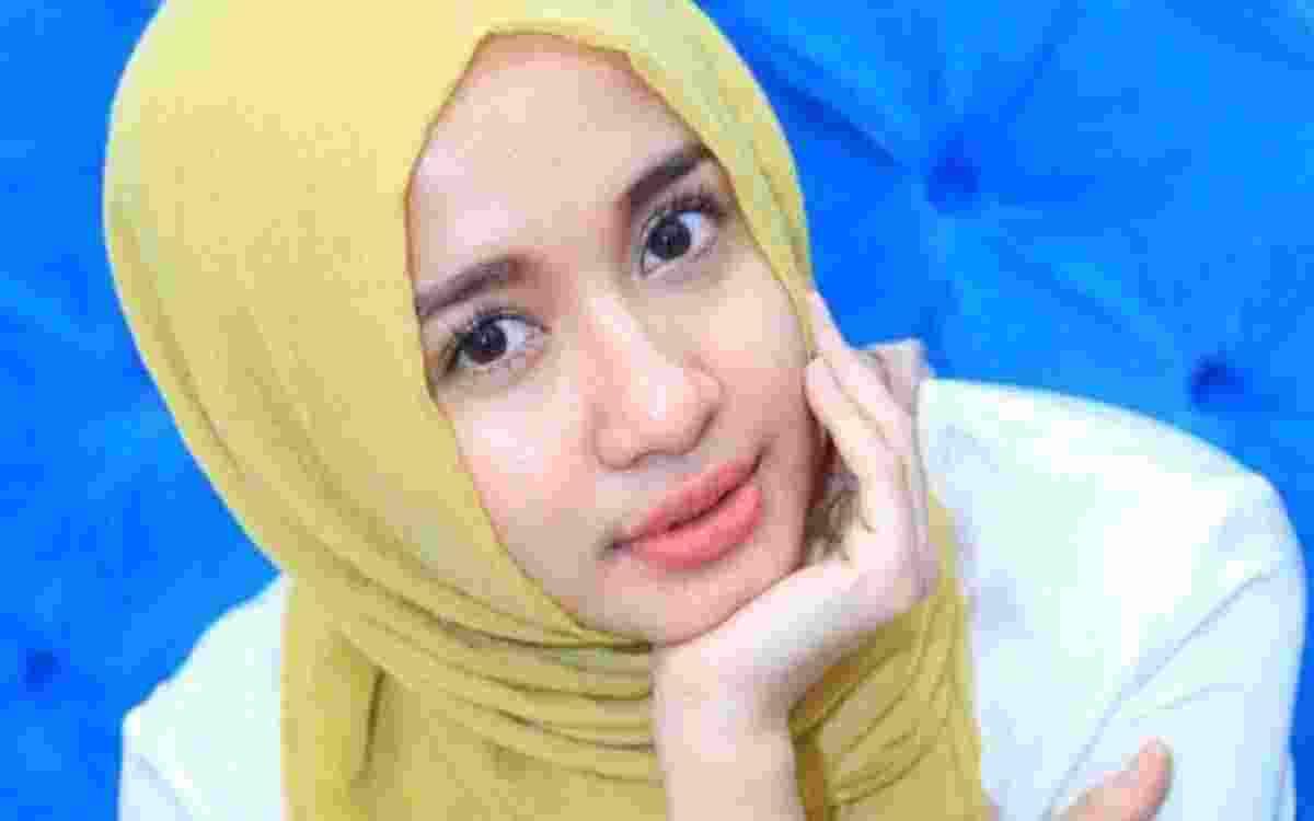 Tips Tampil Anggun dengan Hijab Saat lebaran