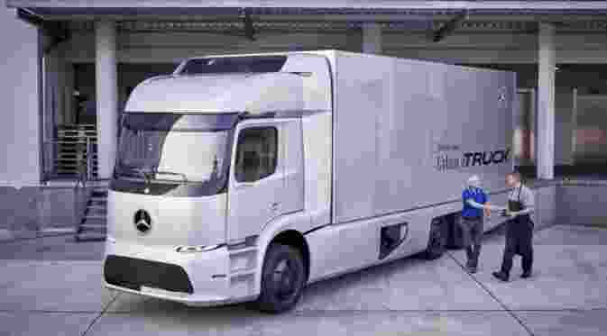 057037400_1474445982-mercedes-urban-etruck-concept