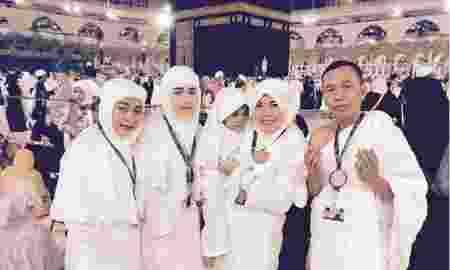 deretan-artis-indonesia-yang-lebih-memilih-ibadah-umrah-sebagai-tanda-akhiri-tahun-2016