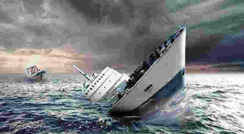 korban-tewas-perahu-terbalik-di-gresik-jadi-enam-orang-TFoRcioCU2