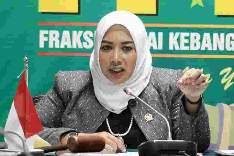 Kebijakan Full Day School Ancam Eksistensi Siswa Madrasah Diniyah