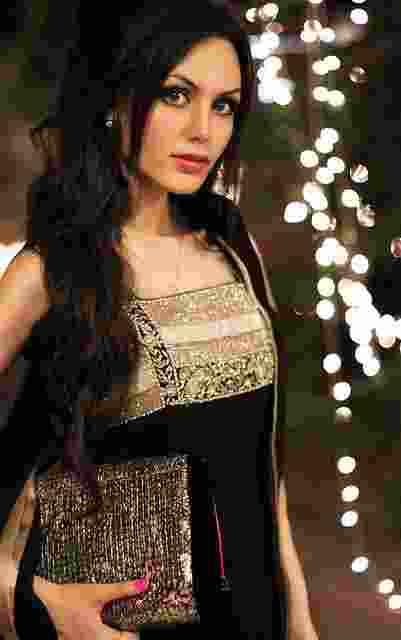 Intip Yuk, Ini Wanita-Wanita Tercantik di Pakistan3