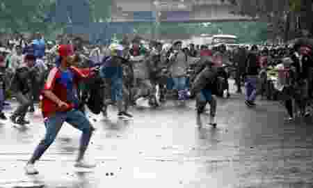 1-orang-tewas-akibat-tawuran-polisi-tangkap-5-pelajar-smk-1Y2GygXefc