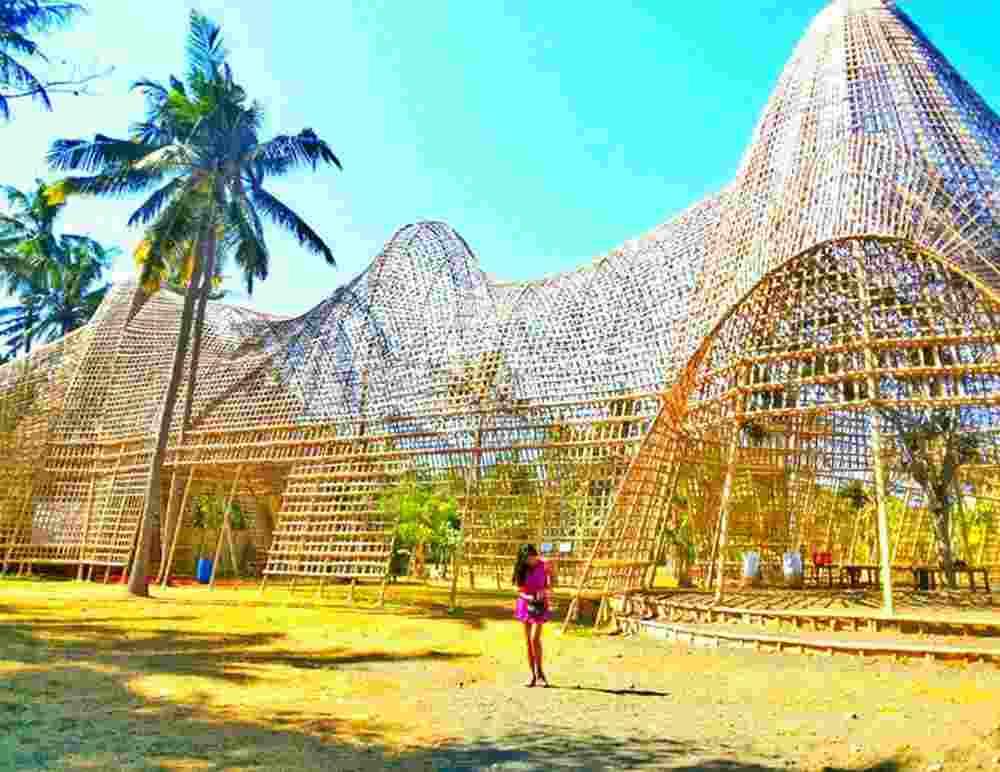 5. Rumah Bambu Karangasem